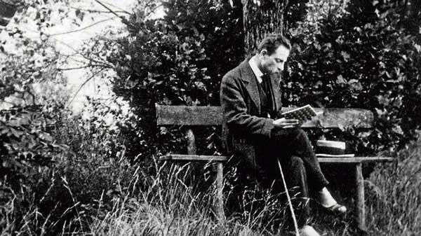 Rilke, Rainer Maria 1875-1926 Deutscher Dichter Rainer Maria Rilke in seinem Arbeitszimmer Foto: Fotograf unbekannt, um 1905